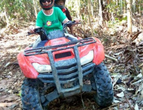 Riding the quad, Tapajós, 2011.