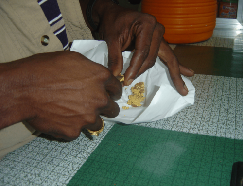 Paying in Gio's bar, Antino, Sipaliwini (Suriname), 2006.